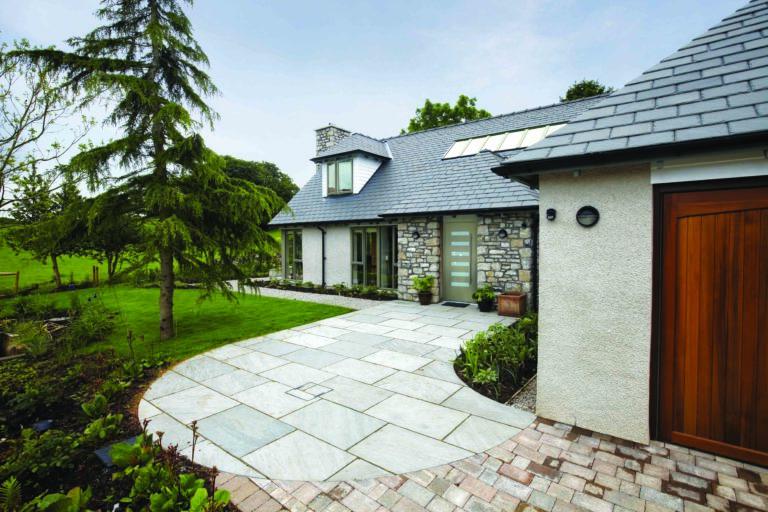 modern home with Dutemann Haus front doors