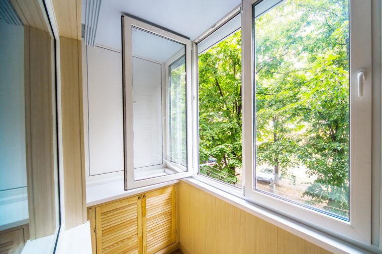 white open tilt and turn windows