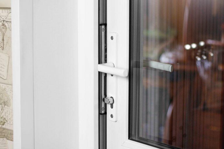Origin single doors with white handle